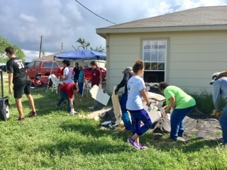 IWBS youth group helps Bayside community