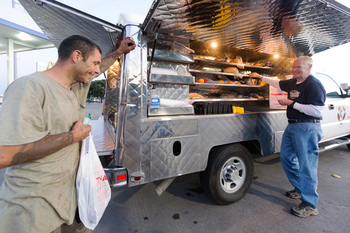 Corpus Christi program inspired Austin food trucks serving homeless