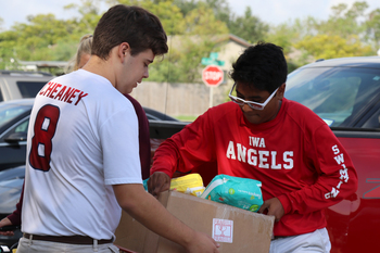 Students participate in hurricane relief efforts