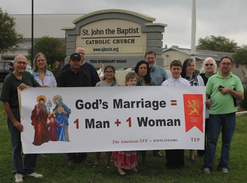 Participants petition for Traditional Marriage, life at Rosary Crusade