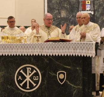 Chrism Mass opens Holy Week