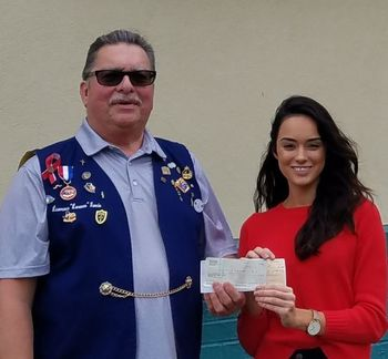 Beeville Knights give donation to Corpus Christi Pregnancy Center