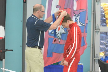 IWA varsity swimmers bring home medals from TAPPS State Meet
