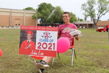 Incarnate Word Academy celebrates with drive-by senior parade