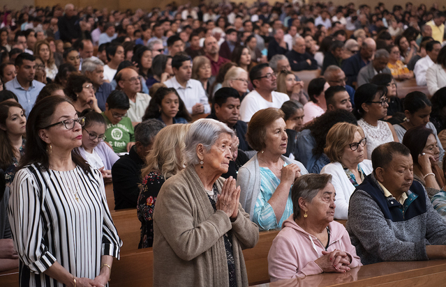 LA archdiocese lifts Mass dispensation as churches fully reopen