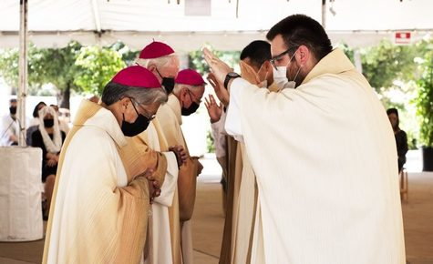 Eight LA priests ordained in 'historic' liturgy pushed outdoors by pandemic