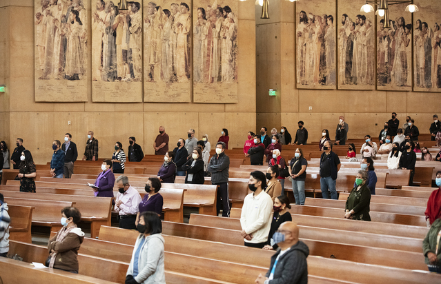 Mask mandate returning to churches in LA County