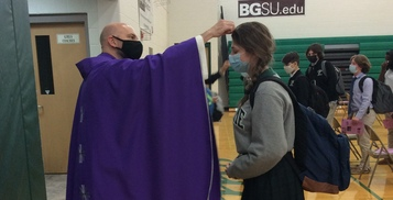 Community Celebrates Ash Wednesday Masses