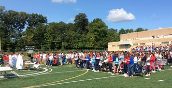 Outdoor Mass Celebrated to Remember 9/11/2001