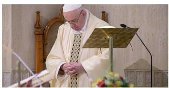 Pope says, Let yourself be consoled by the Lord