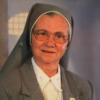 Please Pray For the Eternal Repose of the Soul Of Sr. Celia
