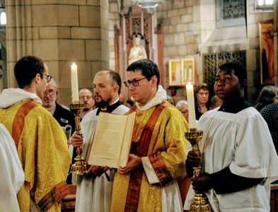 Divine Worship Mass of Our Lady of Walsingham in NYC (with Photos)