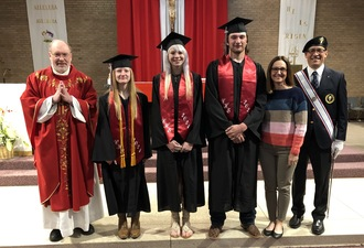 Seniors Honored at Mass; Lee Receives Scholarship