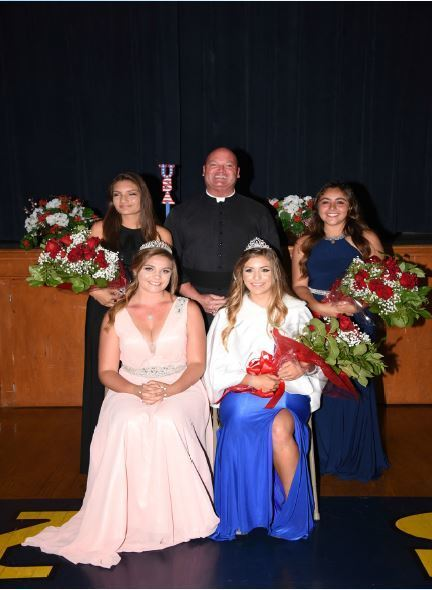 2016 Fiesta Queen and her court with Fr. Harrigan
