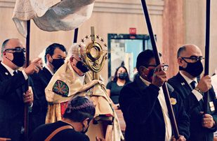 Most Holy Body and Blood of Christ | Santísimo Cuerpo y Sangre de Cristo