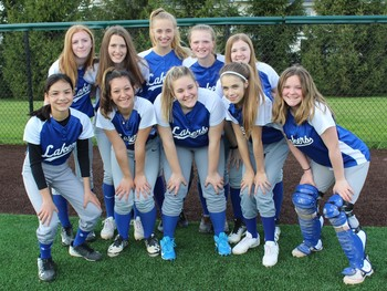 7/8 Softball ends regular season with a doubleheader sweep vs Marist