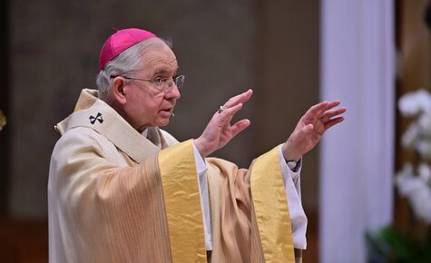 Archbishop Gomez requests all priests to get vaccinated
