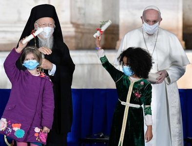 Faith and symbolism at Rome's interreligious Meeting for Peace