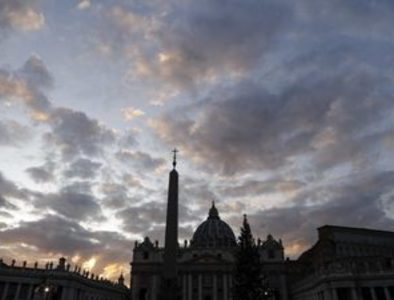 Vatican prosecutors seize data from St. Peter's Basilica