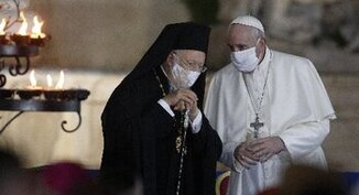 Pope congratulates ecumenical patriarch on anniversary of election