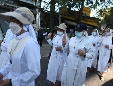 Myanmar nuns show solidarity with anti-coup protesters