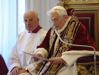 Retired pope talks about his resignation, Pope Francis' trip to Iraq