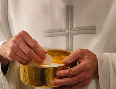 U.S. bishops need to 'listen to the people' on Eucharist document, panel says
