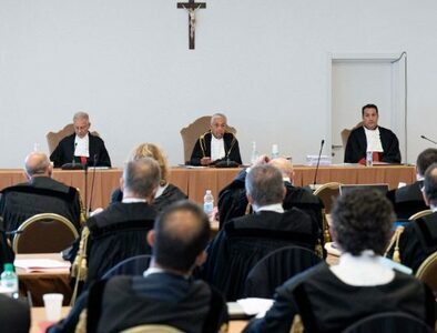 First hearing held in Vatican over London building