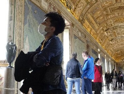 Vatican shuts down museums as COVID-19 cases, deaths mount in Italy