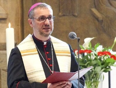 Amid cover-up allegations, German prelate steps down from lay organization
