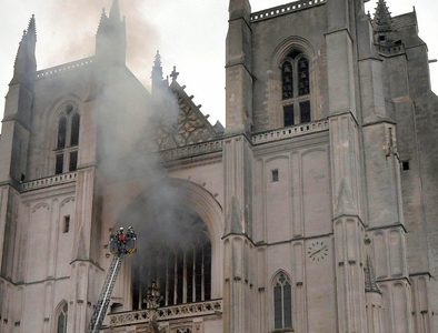 Arson suspected in Nantes Church fire