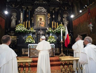 Pope asks for Mary's intercession to overcome pandemic