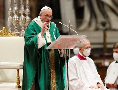 By listening to Holy Spirit, synod can be process of healing, pope says