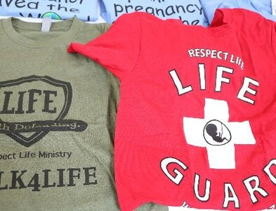 Sidewalk advocacy aims 'to save babies' by reaching out to women first