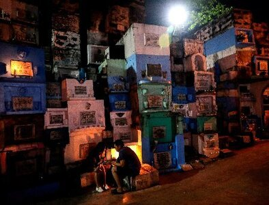 Two Philippine dioceses close cemeteries for All Saints', All Souls' days