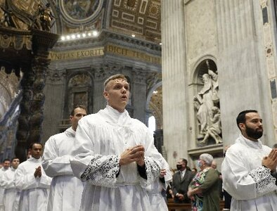 Pope shares survivor's letter pleading for clergy to face truth of abuse