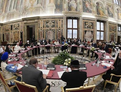 Vatican meeting of religions on education to peace, fraternity