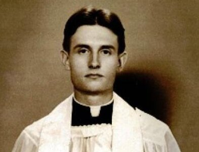 Kansas Catholics recall priest's wartime ministry, heroism in POW camp