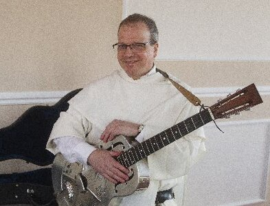 Aquinas in Appalachia: Bluegrass-picking priest explains genre's appeal