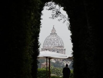Pope approves pay cuts for cardinals, top management, religious at Vatican