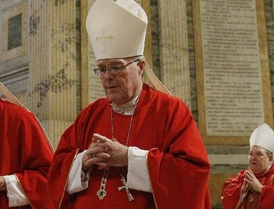 Bishop Hoeppner apologizes to Crookston Diocese during farewell Mass