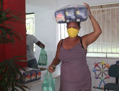 Catholic groups work to feed Brazilians affected by job loss, COVID-19