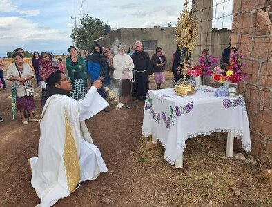 Mexican priest killed in crossfire in north-central Mexico