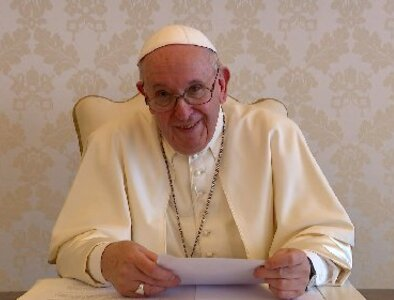 Invest in common good, not tax havens, pope tells business executives