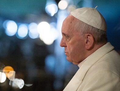 Pope: never give up the dream of a world without wars