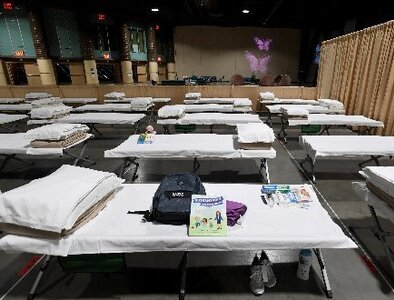 UPDATE: L.A. volunteers say end to Masses for migrant children is bittersweet