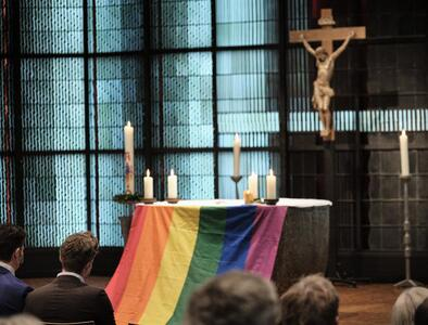 German minister criticizes Vatican stance on gay couples