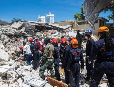 Relief workers: Haiti earthquake complicated by economy, gangs, weather
