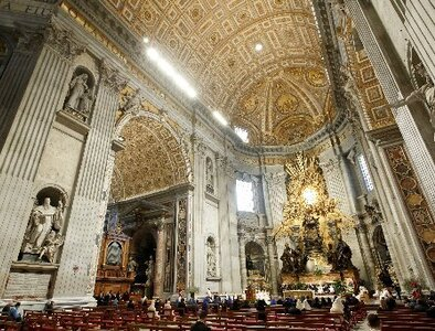 Pope sets new norms for priests providing prayer services at basilica