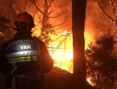 Thousands evacuated as wildfires sweep Southern France